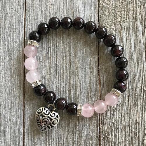 Rose Quartz & Garnet stretch bracelet with heart charm Yatzuri