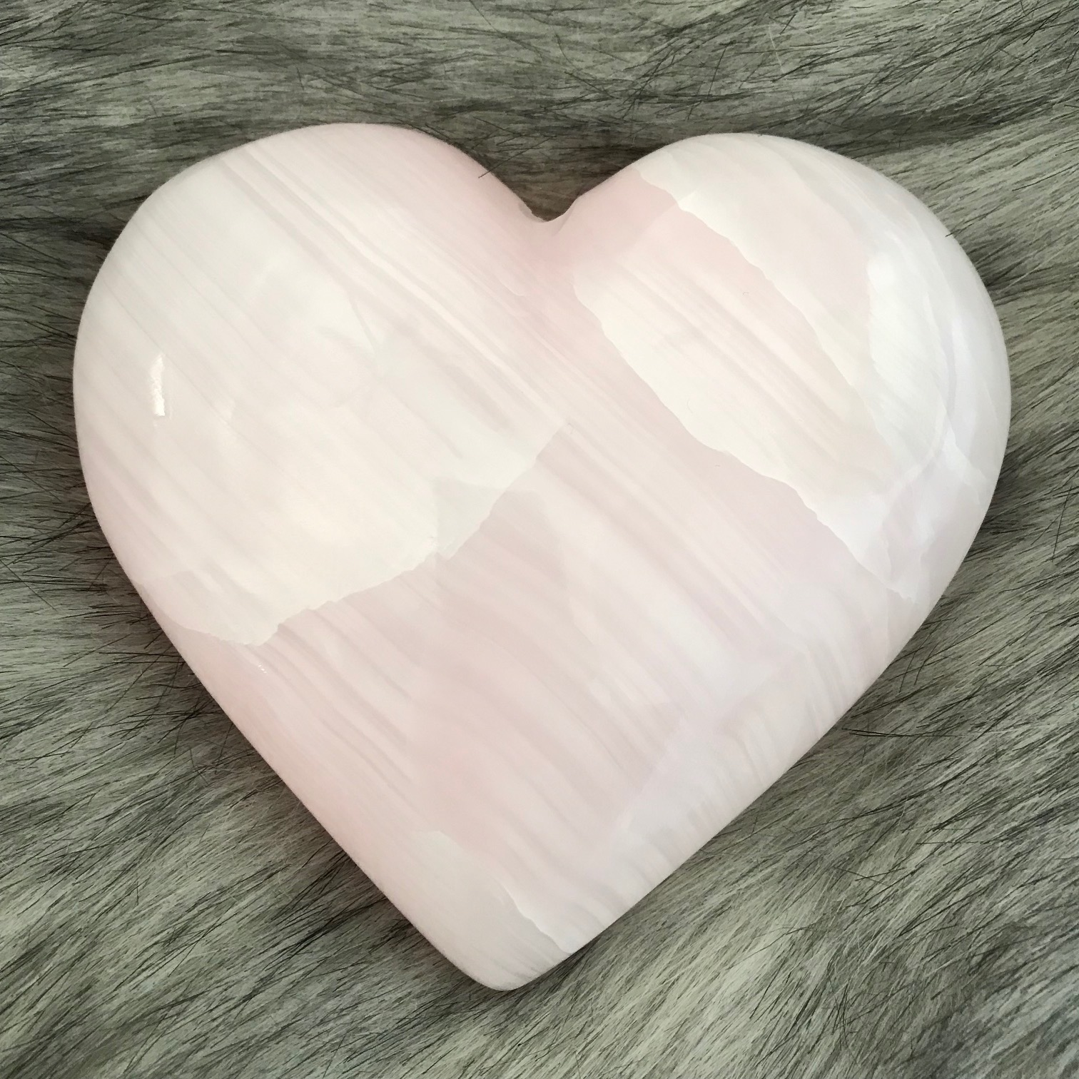 Pink Mangano Calcite Heart Yatzuri