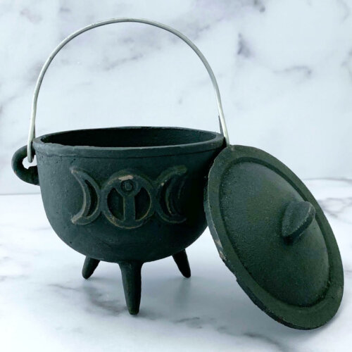4.5 inch Triple Moon Cauldron Yatzuri